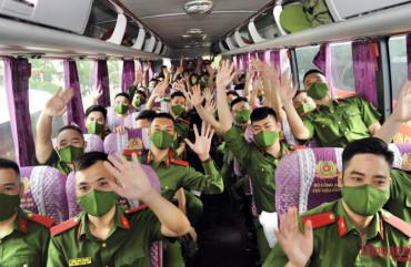 Không thể phủ mờ sứ mệnh thiêng liêng của lực lượng vũ trang trong cuộc chiến chống COVID-19