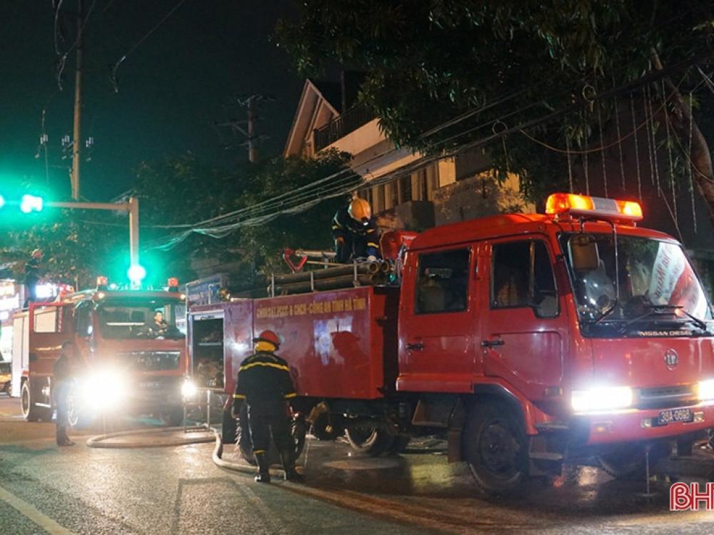 Đám cháy xảy ra vào khoảng 19h10 tại số 89, đường Hải Thượng Lãn Ông